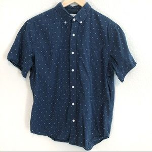 Old Navy Slim Fit Classic Large Button Down Shirt